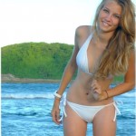 Napi bikinis csaj – Szöszi